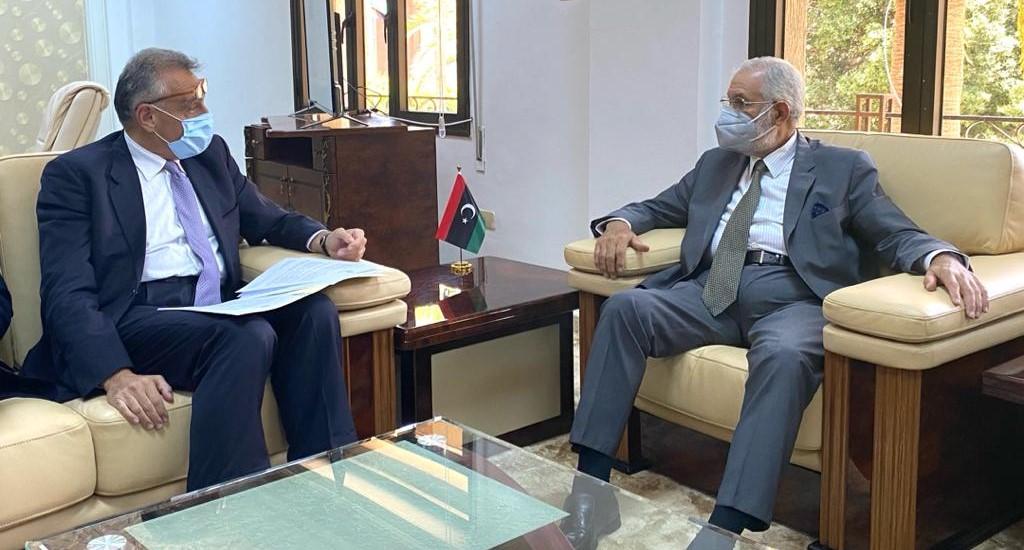 Photo of معالى الوزير يلتقى السفير الإيطالي لدى ليبيا