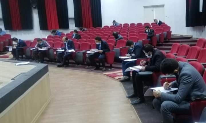 صورة الامتحانات النهائية للفصل الدراسي الثاني لدفعة الملحقين الدبلوماسيين السادسة عشر